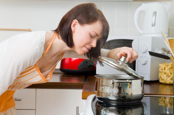 Bếp từ ggm gastro chính hãng và hàng nhập lậu khác biệt gì?
